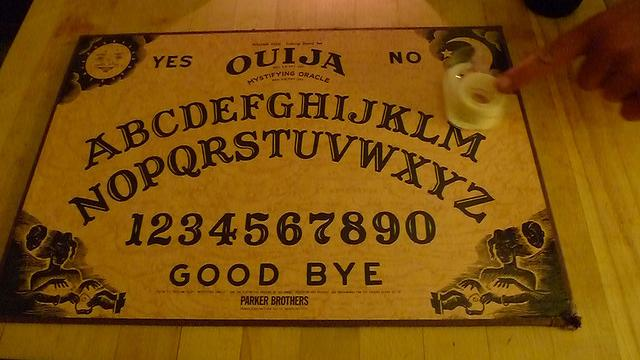 How does a ouija board work